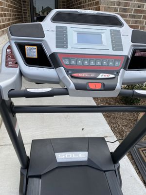 2 year old tread mill for Sale in Saginaw, TX