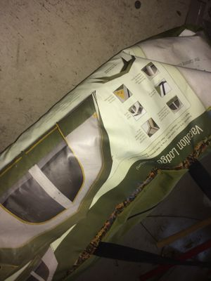 Camping tent with Tarp for Sale in Katy, TX
