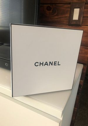 Chanel Box for Sale in Anaheim, CA