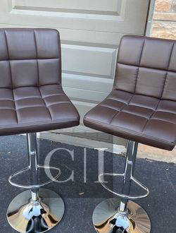 Brand New! $60 Each 2 Brown Bar Stools for Sale in Orlando,  FL