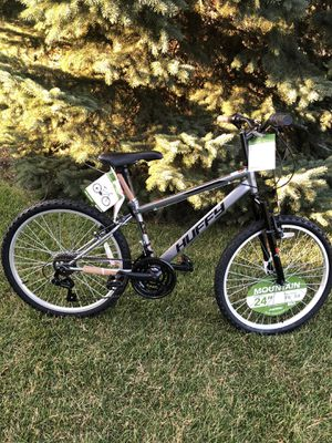 Brand New Huffy 24 Inch Mountain Bike with shamino gears for Sale in Orland Park, IL