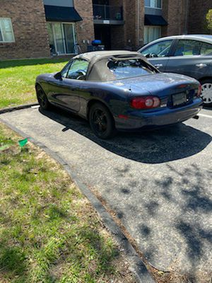 02 Mazda MX5 for Sale in St. Louis, MO
