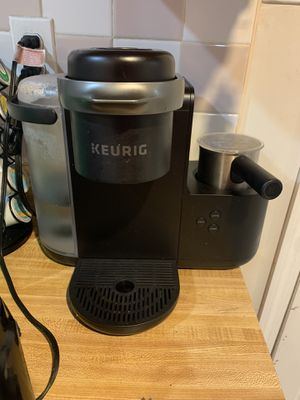 Keurig coffee maker for Sale in Queens, NY
