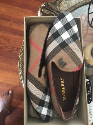 Authentic Burberry shoes size 10 for Sale in Hyattsville, MD