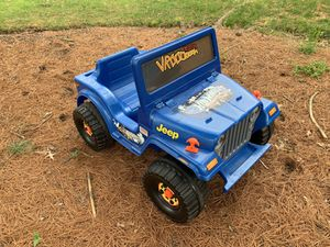 Jeep Wrangler pedal car electric 6 volts for Sale in Olney, MD