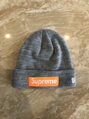 Supreme FW17 Box Logo Beanie Heather Grey for Sale in Miami, FL