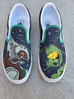 Vans Custom made. Halo video game painting. Size 4 big kids for Sale in Los Angeles, CA