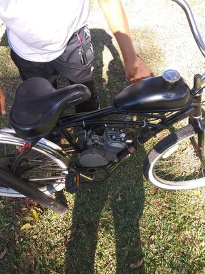 Like new motorized bike runs up to 42 mph asking $350 for Sale in Brusly, LA