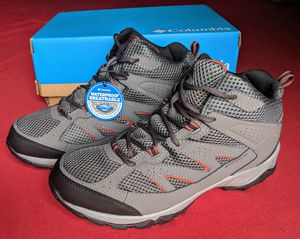 Columbia Kenosha Mid Omni-Tech waterproof hiking boots - BRAND NEW IN BOX for Sale in Gaithersburg, MD