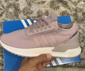 Adidas Womans Shoes U-Path - sizes 7 and 7.5 for Sale in Chino, CA