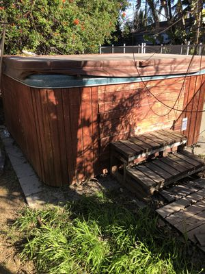 Jacuzzi hot tub spa for Sale in Woodland Hills, CA