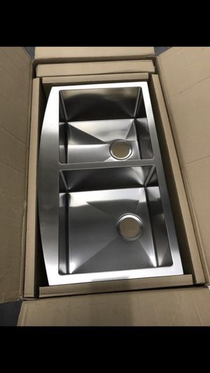 Stainless steal Farmhouse sink for Sale in Aliso Viejo, CA