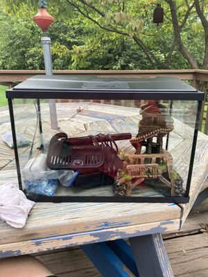 Fish tank for Sale in Westminster, MD