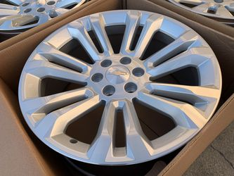 "22"" Chevy Silverado Wheels Rims Suburban Yukon Tahoe GMC Sierra 6X5.5 for Sale in Rio Linda,  CA"