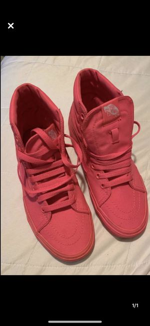 Hi top hot pink vans 6.5 for Sale in Obetz, OH