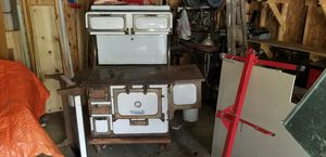 Monarch #3 antique wood burning stove. for Sale in McHenry, IL