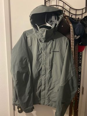 Patagonia Gore-Tex Shell Rain Jacket for Sale in Lynnwood, WA