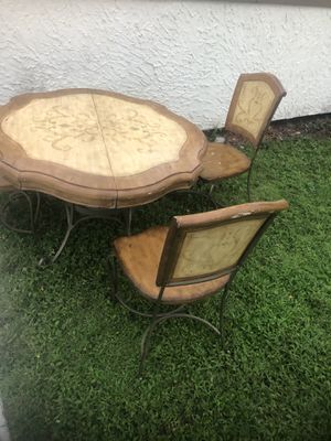 dining table and three chairs for Sale in Port St. Lucie, FL