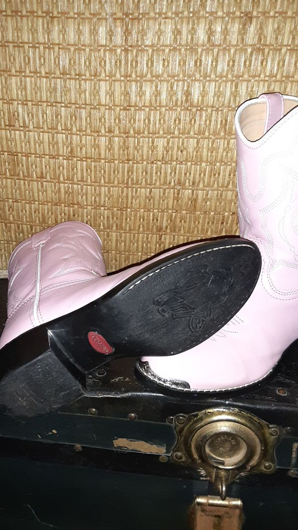 "Durango ""Pink CowGirl"" Boots Size 3Youth"