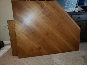 Corner computer desk for Sale in Sanford, FL
