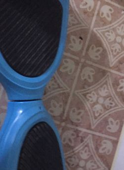 HOVERBOARD- NEEDS CHEAP BATTERY for Sale in Lanham,  MD