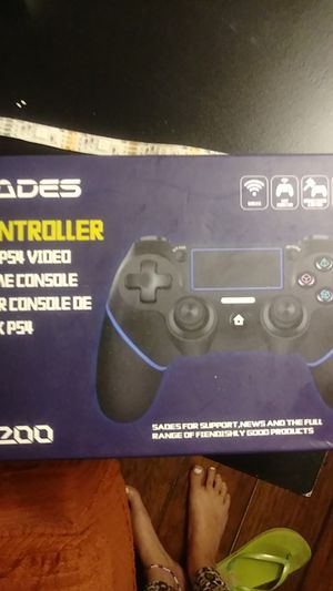 PS4 controller for Sale in St. Petersburg, FL