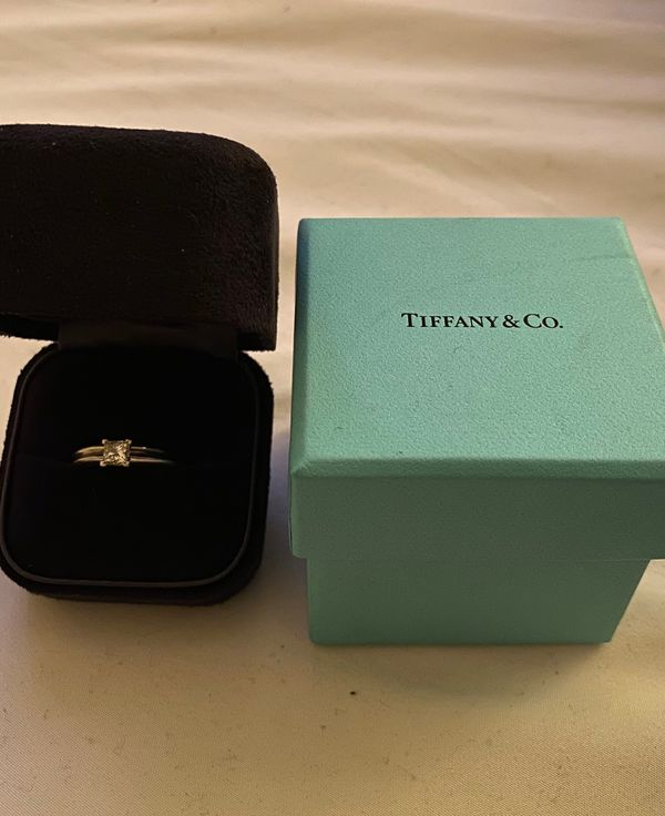 Wedding / Engagement Ring Set
