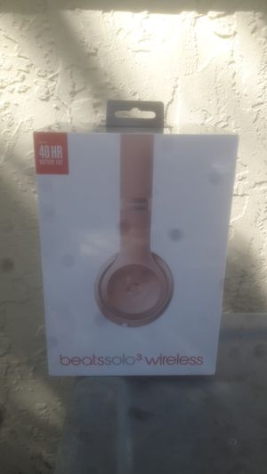 Beats by Dre solo3 wireless headphones NEW for Sale in Tamarac, FL