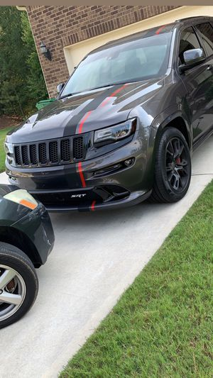 SRT Jeep wheels and tires for Sale in Fairburn, GA