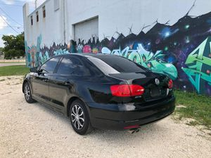 2013 V W JETTA. for Sale in Miami, FL