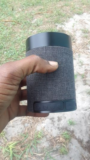 Bluetooth speaker for Sale in Fort Myers, FL