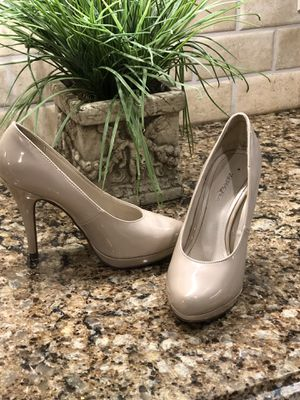 Like New size 7 shoes for Sale in Smyrna, TN