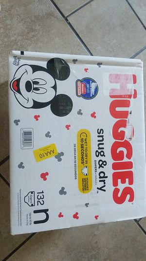 Huggies new born diapers new box for Sale in Oakland, CA