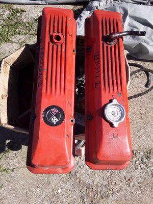 Corvette valve covers 350 for Sale in Oakland, CA