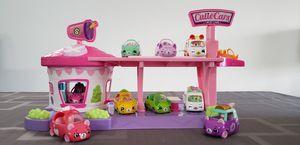 Cutie Cars Shopkins Drive Thru Diner Playset and Cars for Sale in Morton Grove, IL