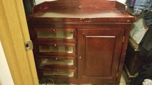 Baby changing table for Sale in Lakewood, WA