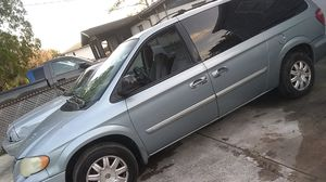 Minivan Chrysler Town & Country for Sale in Tampa, FL