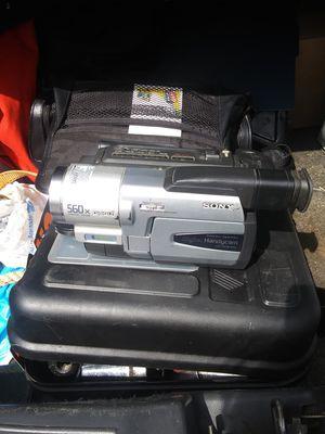 Handycam 560x Digital 8 mini tape video camera for Sale in Arkoma, OK