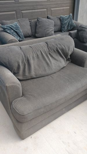 Lazyboy loveseat for Sale in Escondido, CA