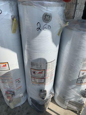 Water heater 30 galones 1 año de garantía for Sale in Los Angeles, CA