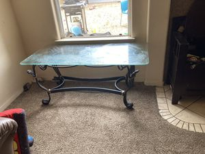 Table set for Sale in Fresno, CA