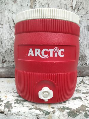ARCTIC COOL WITH SPOUT, NO LEAKS FOR $10 for Sale in St. Louis, MO