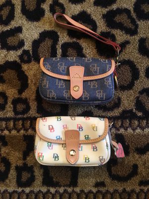 Dooney and Bourke Wristlets for Sale in Columbus, OH