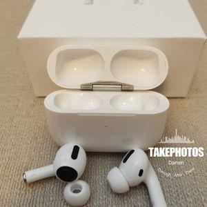 (B1)Airs 3rd Gen Bluetooth True Wireless Earbuds Sport Earphones Headset for Sale in La Habra, CA