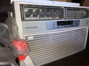 Air Conditioner Window Unit 8,000 BTU for Sale in Salt Lake City, UT