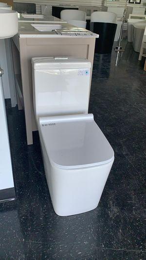 Toilet 1 piece for Sale in Miami, FL