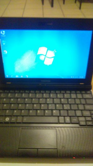 Toshiba NB255 LAPTOP for Sale in Chicago, IL