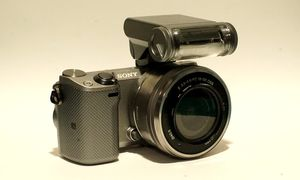 Sony NEX5T for Sale in Fairfield, CT