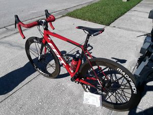 New Felt Carbon Road bike 54cm with Carbon MADFIBER WHEELS and brand new original wheels - $3000 FIRM. for Sale in Wesley Chapel, FL