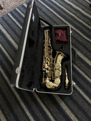 Alto Saxophone (full set and case) Brand: Etude (professionally cleaned) for Sale in Anaheim, CA